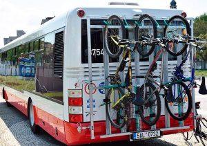 Oui au transport des vélos dans les cars et dans les trains !!